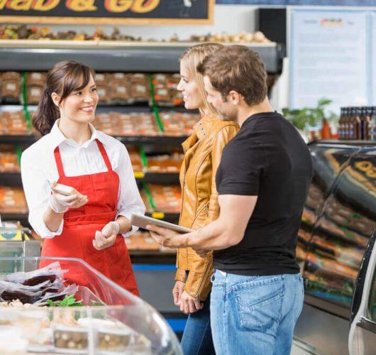 Como funciona o trabalho do promotor no ponto de vendas?